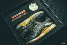 Beautiful box and package - Singapore exclusive limited edition Asics Gel Lyte III Vanda Kuro. Laser etched Vanda floral design in supple black leather. Vanda is the national flower of Singapore.