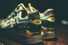 Gold accented heel - Singapore exclusive limited edition Asics Gel Lyte III Vanda Kuro. Laser etched Vanda floral design in supple black leather. Vanda is the national flower of Singapore.