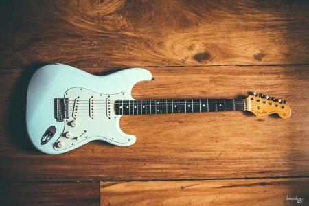Fender Japan 1962 Reissue Stratocaster in Sonic blue, with custom shop 50's pickups.